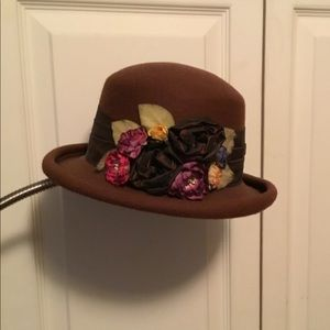 Vintage Brown Derby Style Hat by Toucan